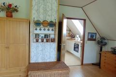 Blick vom Westzimmer in die Küche